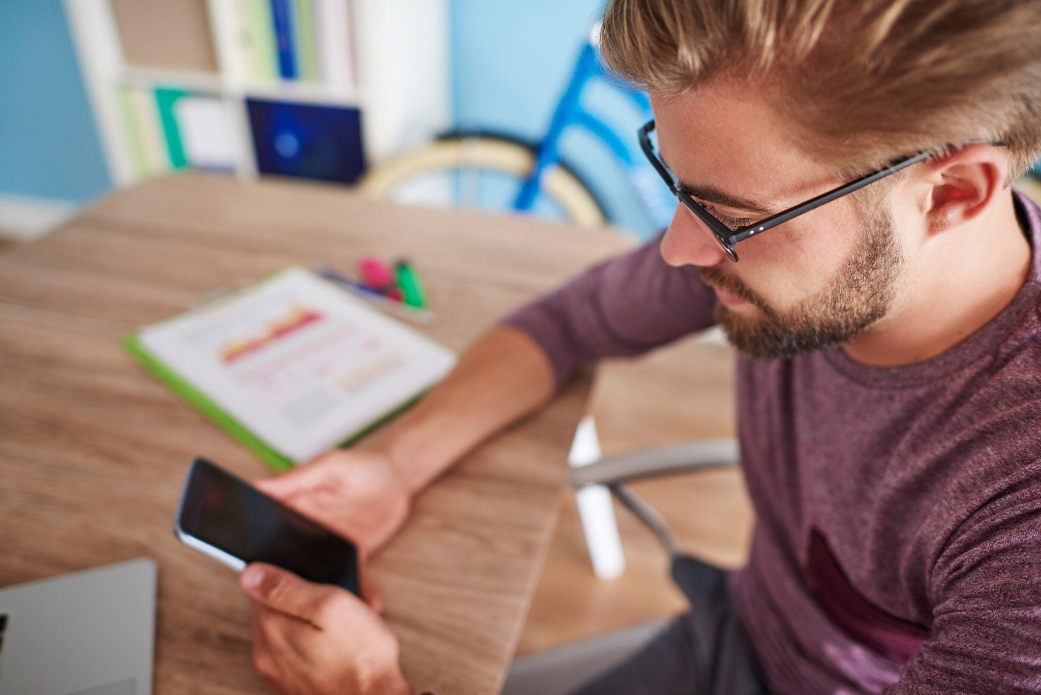 A Microsoft anunciou uma série de atualizações em diversos aplicativos que vão facilitar a rotina de trabalho a distância. Confira no artigo do blog de hoje os novos recursos.